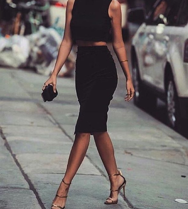 The black pencil skirt outfit from this image is a really obsession