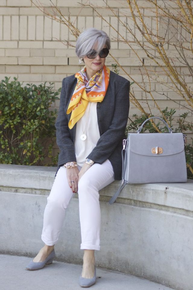 Casual outfits for 50 year old woman
