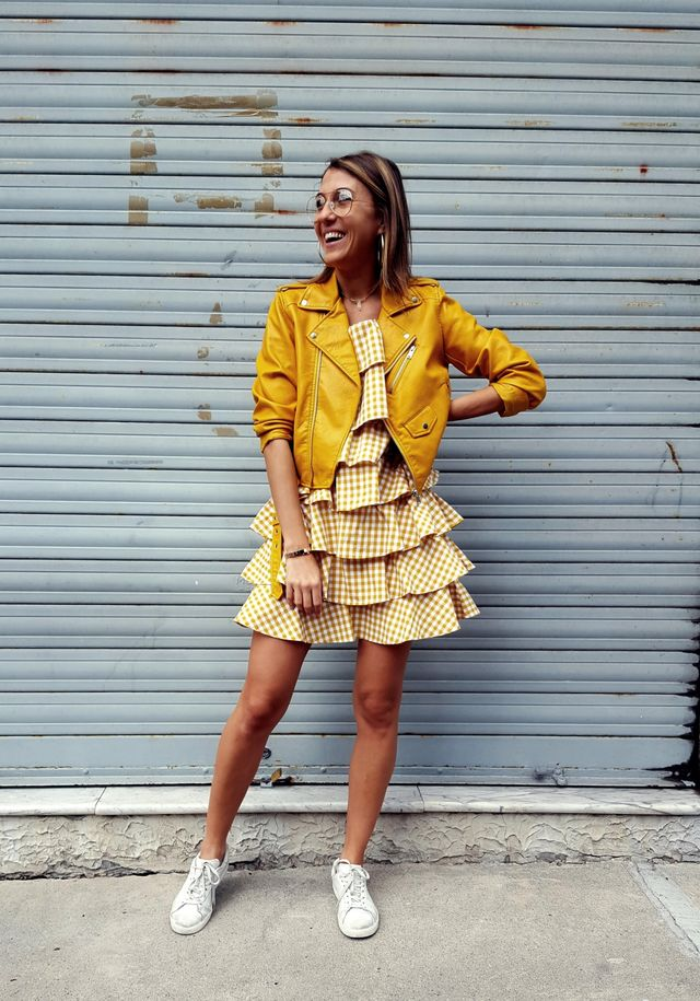 Summer outfits for teenage girl | Casual outfit with sneakers and dress