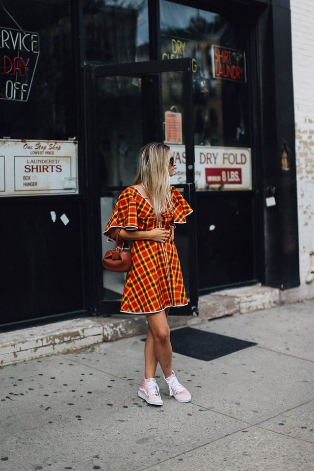 Summer outfits for teenage girl | Outfit with sneakers for teen girls