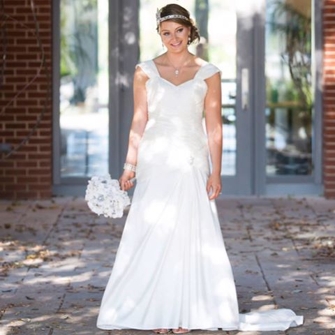 Best Wedding Dresses | Wedding dresses plus size with short sleeves