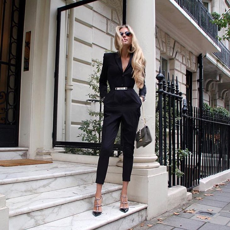 Black jumpsuits remain the essential part of trendsetters' wardrobe for evening outfits