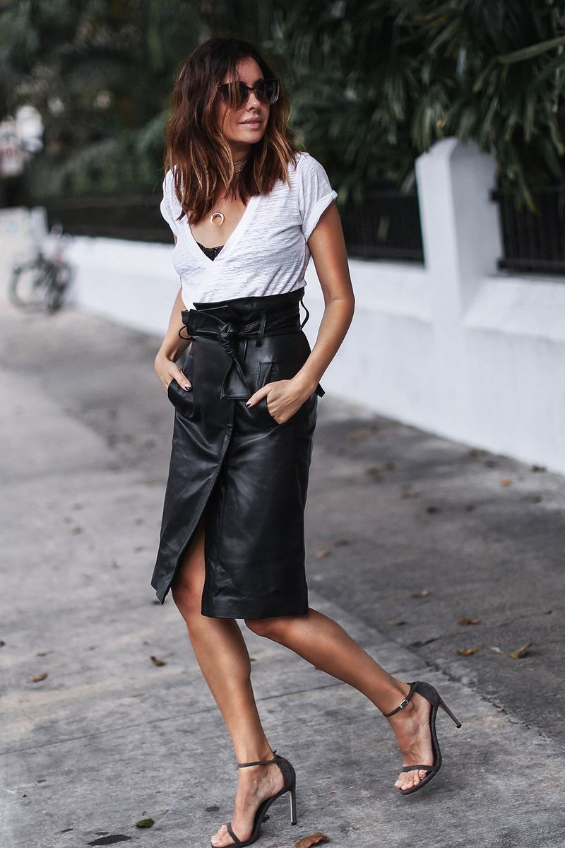 Sport a leather pencil skirt outfit with a white T-shirt for your next summer going out outfit