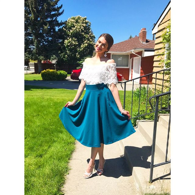 How To Style Summer Skirts | Fit and flare skirts in image