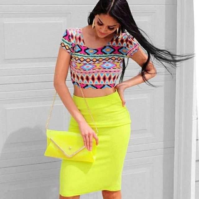 How To Style Summer Skirts | Tops to wear with high waisted skirts