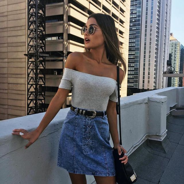 Summer Skirt Outfits | Right ways to wear denim mini skirts