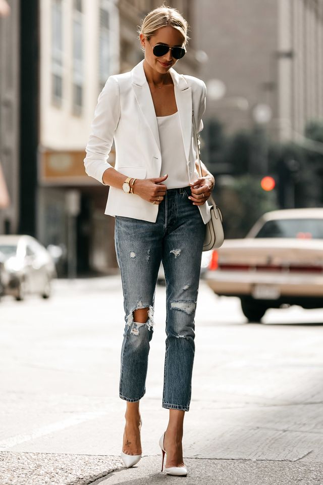 What to wear on a date with jeans