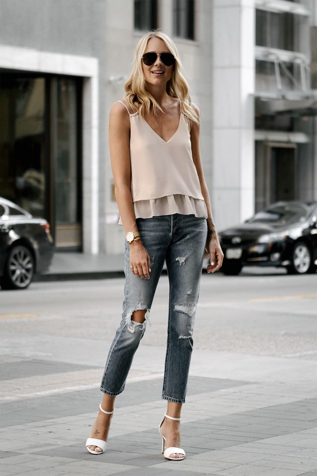 Casual date outfit with jeans
