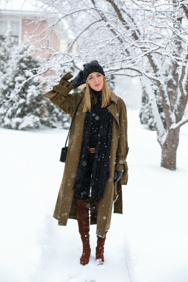 What A Woman Should Wear On A First Date | What to wear on a first date when it's cold