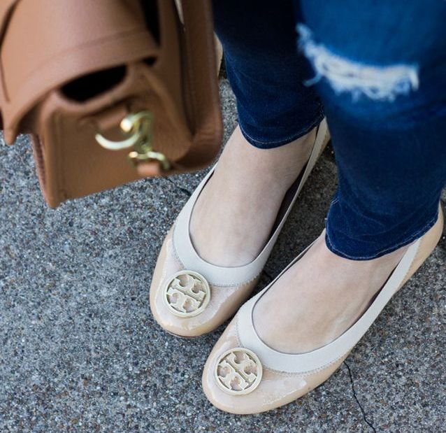 Beautiful shoes with no heels for spring casual ouffit