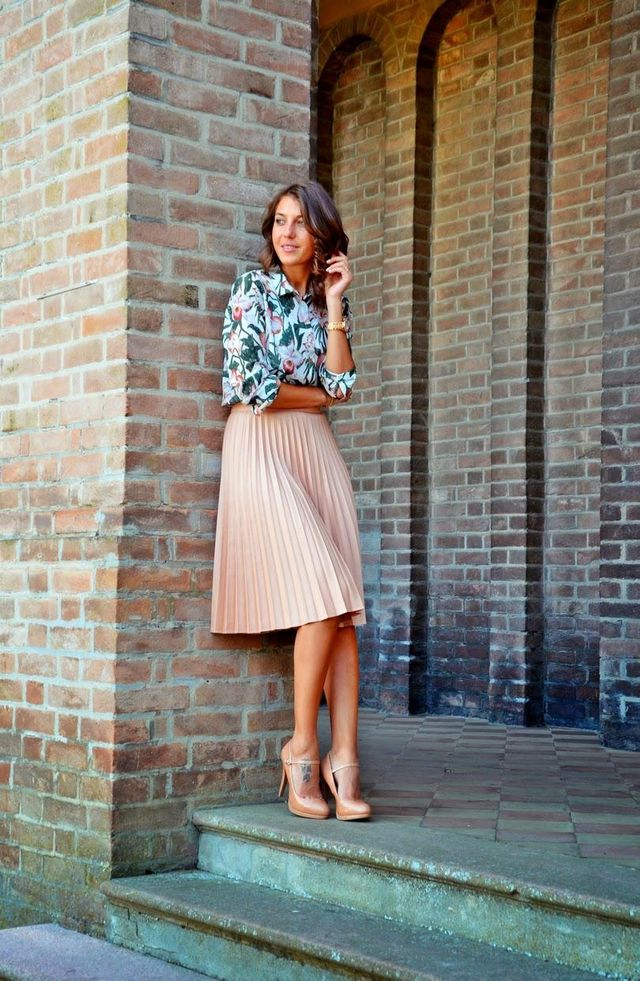 Business casual skirts outfis