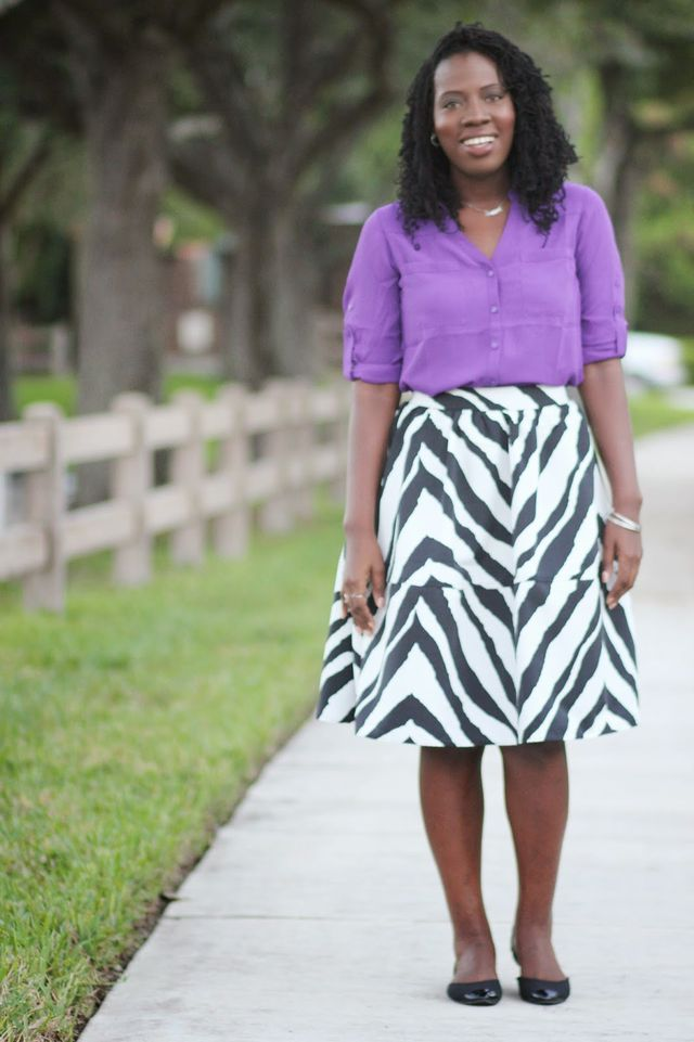 Beautiful business casual outfit with a skirt and a shirt