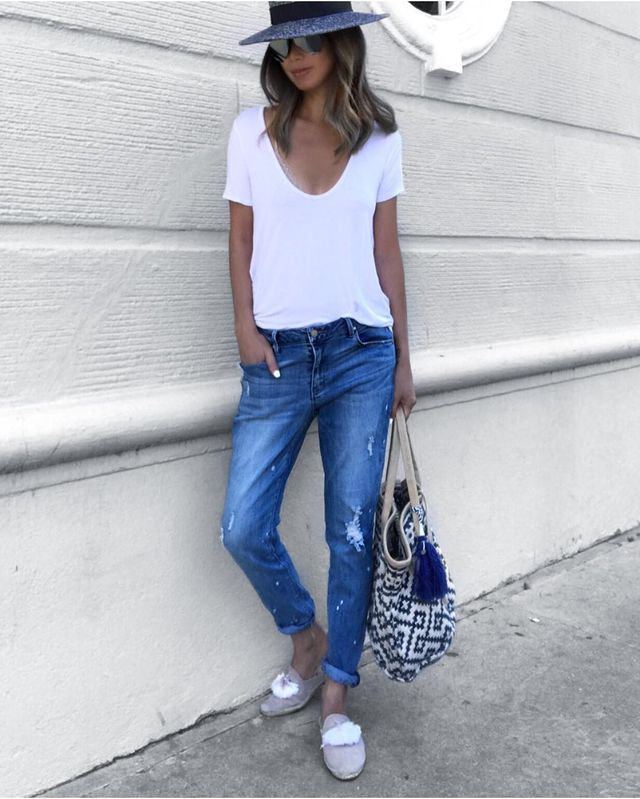 Try a super casual summer outfit with jeans and a t-shirt