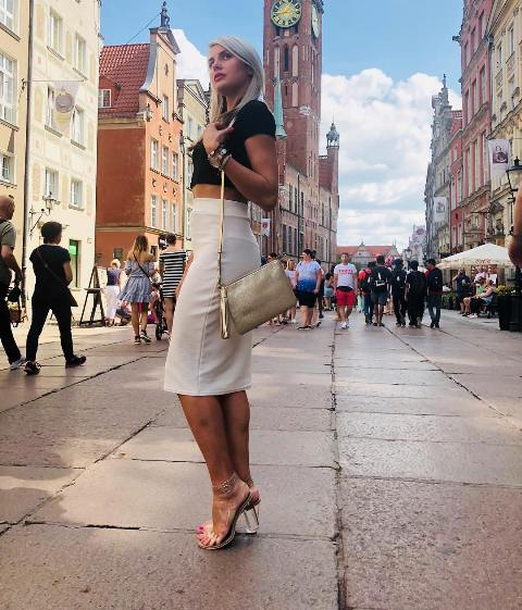 What top to wear with a white pencil skirt