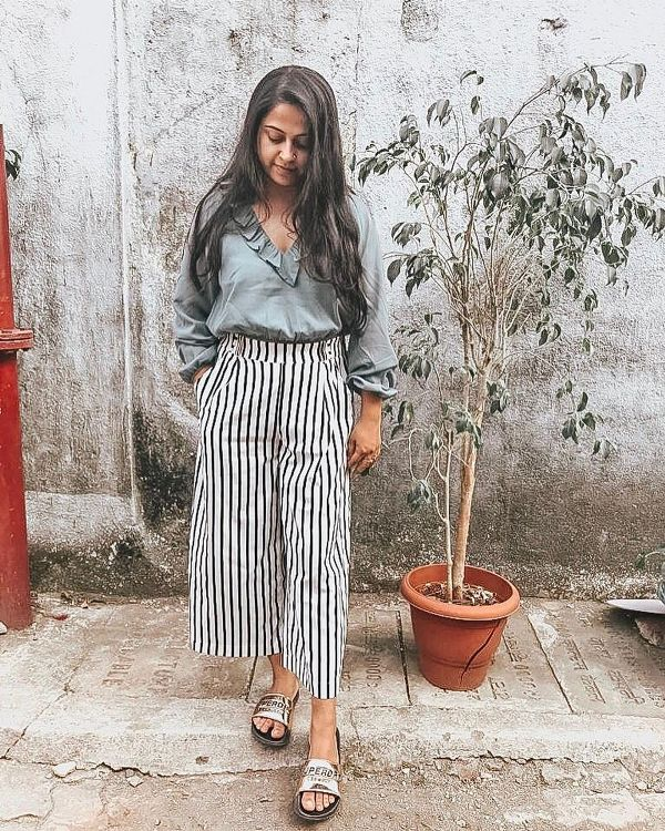 What shoes to wear with culottes : golden slide sandals