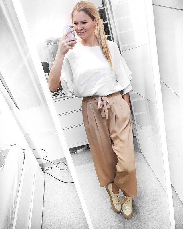 How to wear culottes with tennis shoes