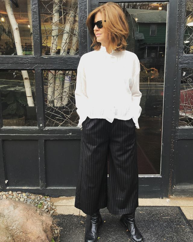 How to wear culottes with flat boots