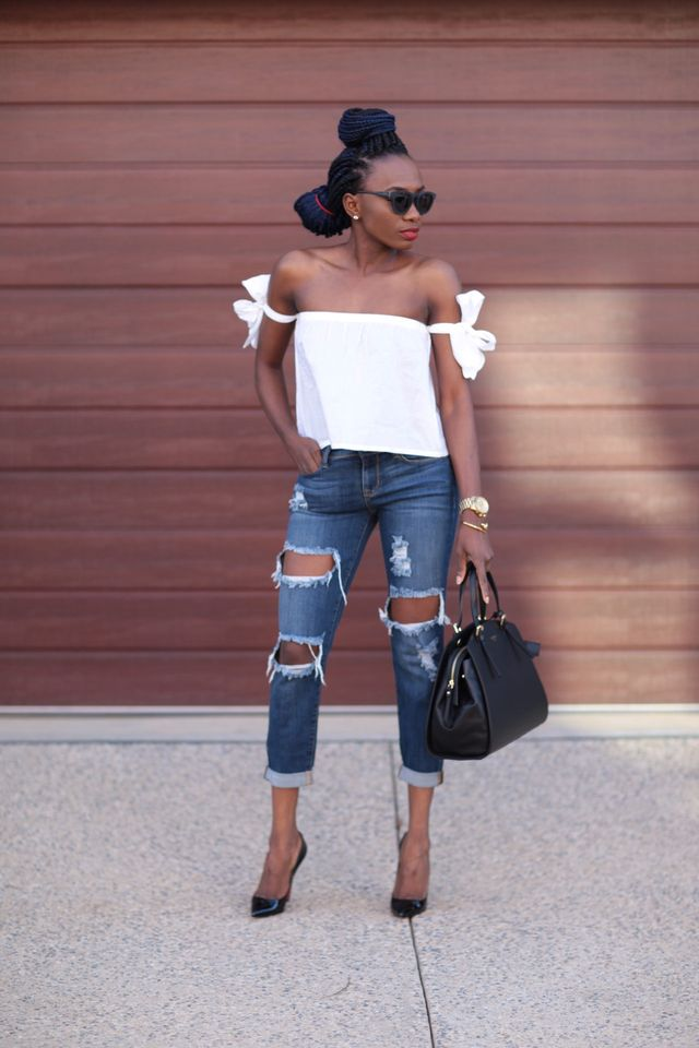First date drinks outfit with high heels shoes and off shoulders blouse