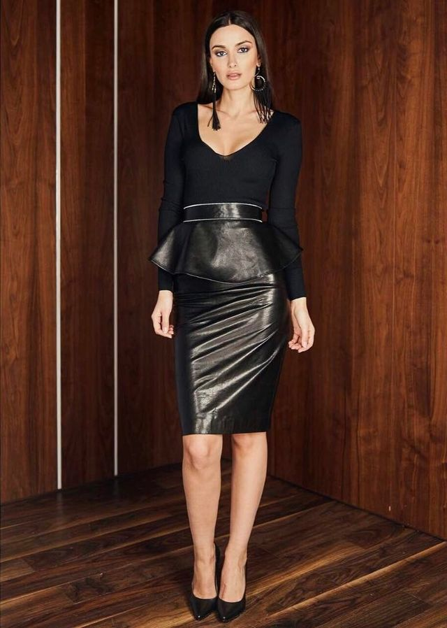 All black leather skirt styling
