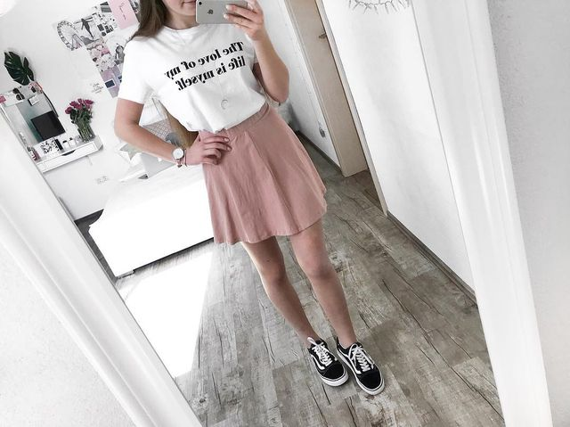 8b333e0299c1 52 Summer Outfits For Teenage Girl To Copy Now - GlossyU.com