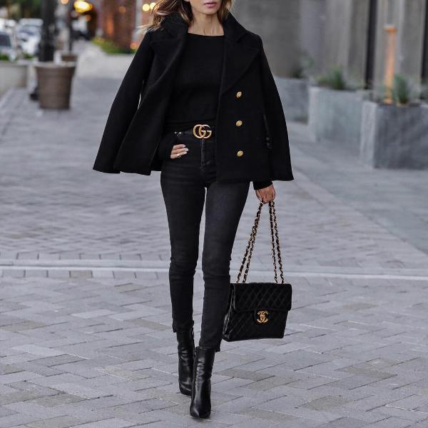 How to wear skinny jeans in a black outfit