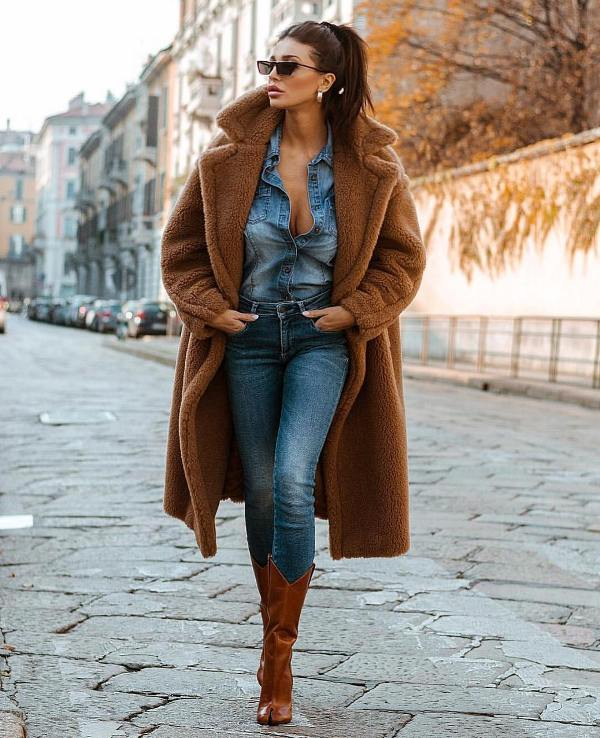 How to wear skinny jeans with boots in the cold weather season