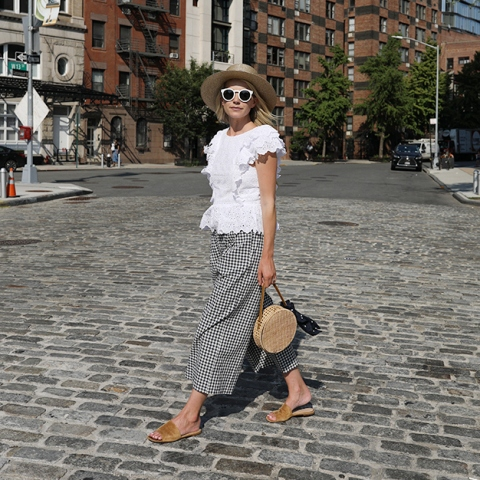 How to wear culottes with flip flops on a summer day
