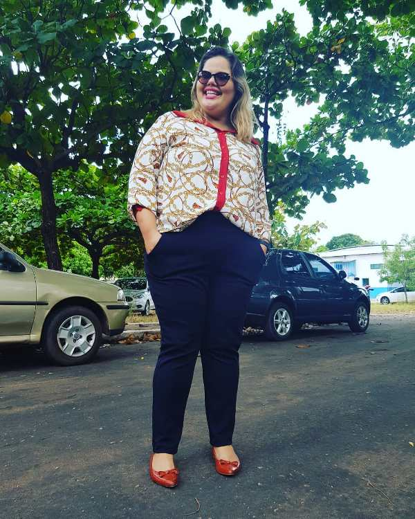 Plus Size Spring Outfit with balerinas